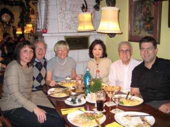 helen-ching-kircher-peter-kircher-with-family